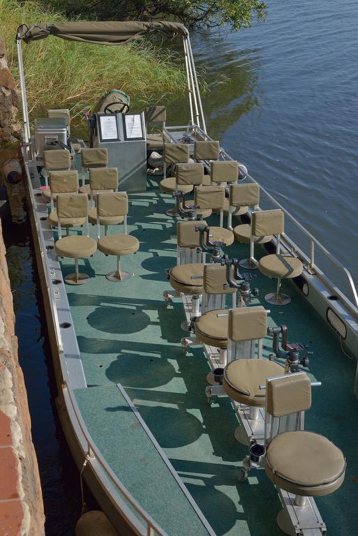 CNP Safaris Photo safari Boat